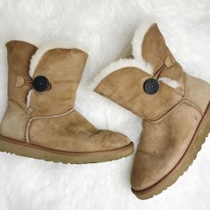 Ugg | Women's Bailey Button II